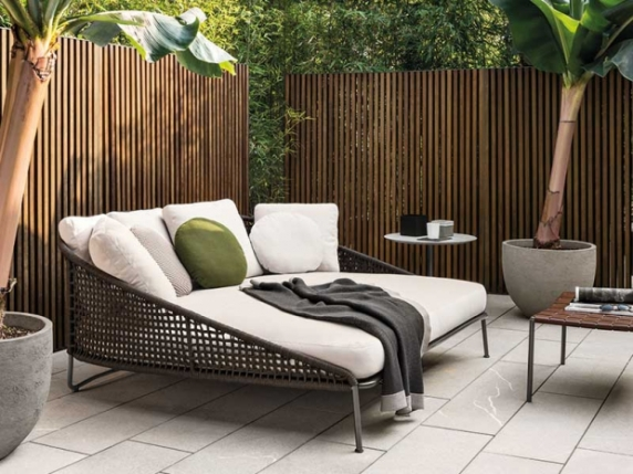 Minotti_image_ini_620x465_downonly